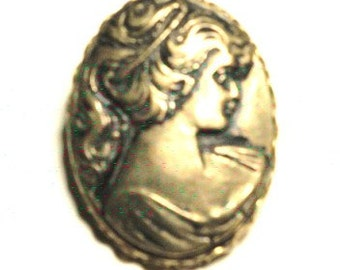 Vintage Costume Goldtone/Brass Cameo Woman's Face Brooch