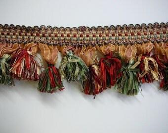 """4"""" scalloped ribbon tassel fringe in Christmas colors"""