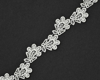 Venise Flower Lace Ribbon Trim for bridal, apparel, home décor, 7/8 Inch by 5 Yards, White, ROI-4621
