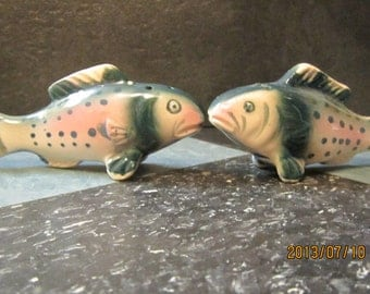 1950,s vintage salt and pepper fish