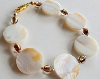 Mother of Pearl Disk and Glass Bead Bracelet