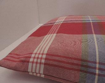 "1Plaid print pet bed cover Dog Duvet fits 1 standard sz pillow (19x25"") Red Blue white green purple"