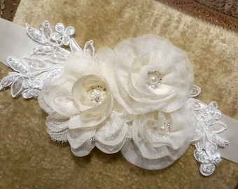 Ivory Lace Bridal Sash - With Swarovski crystals and Vintage Style Buttons, Ivory Bridal Belt