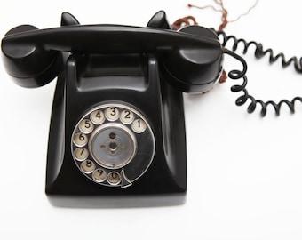 Beautiful and elegant 1950's Bakelite telephone