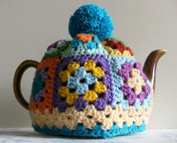Free Easy Tea Cosy Crochet Pattern : GRANNY SQUARE Tea Cosy Pattern / Tutorial. PDF file instant