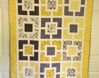 """Yellow and Gray """"Hole in the Wall""""  quilt"""