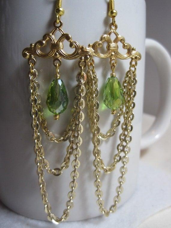 Green crystal chandelier earrings. Gold chain jewelry. Chain