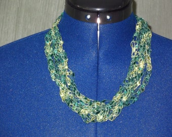 Green and Yellow Ladder Trellis Yarn Necklace