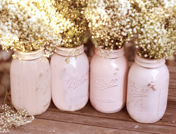 Shabby Chic Weddings / Mason Jars / Distressed Paint Glass Jar Wedding Decoration / Wedding Centerpiece in Shabby Chic Pink