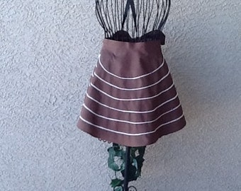 BROWN FLARED APRON  Size 10