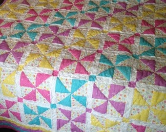 Pinwheel quilt #234. Twin bed size 63 x 80