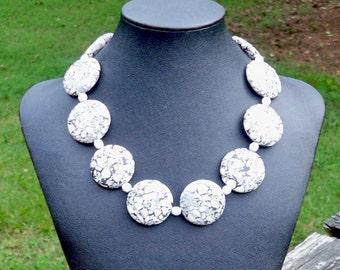 Kaysa - 30mm Round Black and White Taiwan Turquoise Gemstone Beaded Necklace