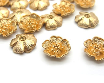 Gold color flower beads, 10mm center drilled hole ,6 pieces