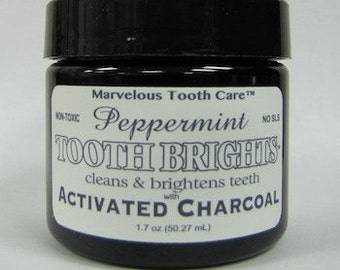 Organic toothpaste (gel) made with Activated Charcoal (PEPPERMINT)
