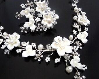 Bridal flower necklace and earrings, Wedding rhinestone and pearl necklace and earrings, Bridal jewelry set, Wedding set