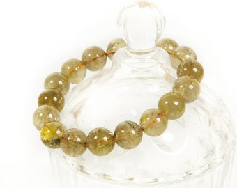 Quartz gemstone stretch bracelet.
