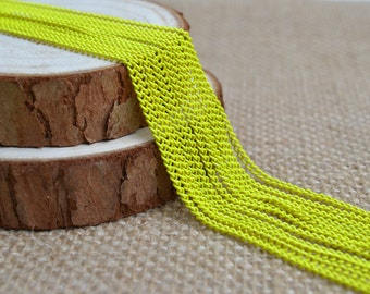 16ft of 2.7x2mm Oval Link Neon Yellow Cable Chain,Iron Small Cross Chain,Small Chains,Small Twisted Chains-Unsoldered,Nickel and Lead Free