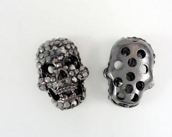 5 pcs Gun Metal Plated  Rhinestone Skull beads ,  Gothic Skull beads  , Sugar Skull Beads