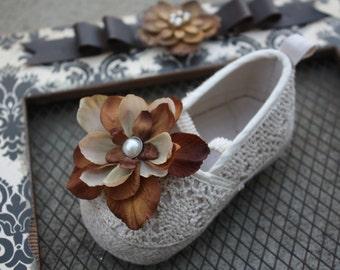 Flower Shoe Clips-Toddler Flower Shoe Clips-Women/Bridal Flower Shoe Clips-Brown-Tan/Pearl