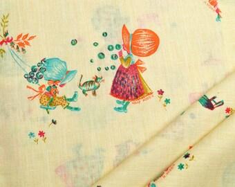 Napkins Little Girls on Beige Cotton Set of 4