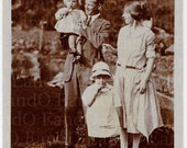 Antique Photo - 1930s Snapshot of a Family - Mom, Dad, and Two Children