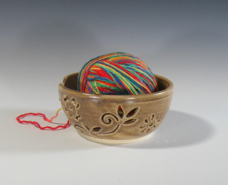Knitting Yarn Bowl : Yarn bowl knitting crochet supplies