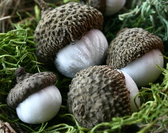 Ivory Acorns, Silk Velvet Acorns, Acorns, Set of 5 with Nest