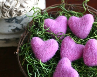 Pink Felted Hearts, Valentine's Day Gift, Felted Wool Hearts, Set of 5 with Nest, Felt Hearts