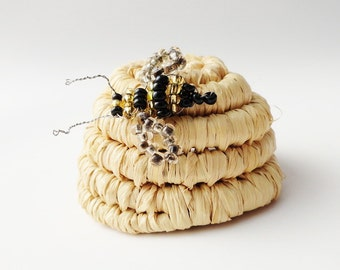 Pine Needle Bee Skep Mini with Bee