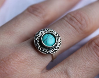 Sterling Silver Ring with Turquoise stone, black patina, polished,  Made to order in your size, To wear all day, delicate, medium size