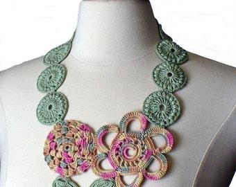 Crochet Necklace Irish Crochet Bib Necklace Statement Necklace Crochet Jewelry Crochet Flower Necklace Irish Lace Necklace Fiber Necklace