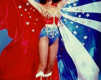 MEGA Wonder Woman Cape - Huge replica of Lynda Carter's WW Cape