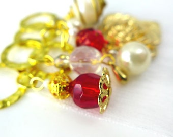LAST SETS - Anne's Rubies - The Queen's Jewels Collection - Five Handmade Stitch Markers - 8.0 mm (US 11) - Limited Edition