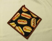 Insulbrite Quilted Potholder:  HOT Dogs, chili dogs,great for bbq and grilling, ready to ship, gift for cook
