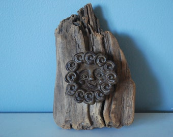 Vintage Smiling Sun/Face Driftwood Wall Hanging