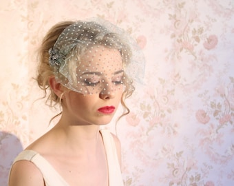 wedding/bridal accessories hair Birdcage Veil, 9 Inch Birdcage Veil, Wedding Veil, Vintage Style Birdcage Veil Miss SueReady to ship, HP5120