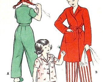 Vintage Butterick 5983 Sewing Pattern   1940s or early 50s Girls Pajamas and Robe set.