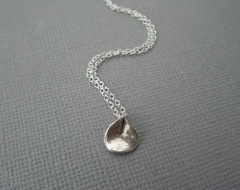 silver necklace, dainty silver necklace, sterling silver, small flower, delicate necklace, simple necklace, calla lily flower, small tiny
