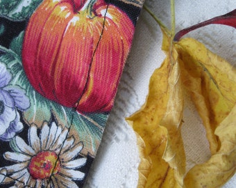 Napkins, Two Napkins, Fall Theme, Pumpkins, Gourds, Harvest Decor, Dinner Napkins, Centerpiece, Rustic Home, by mailordervintage on etsy