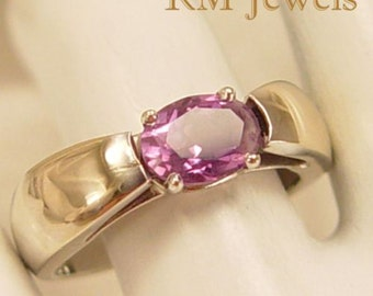 Special Amethyst Solitaire 14Kt White Gold Estate Ring Size 5