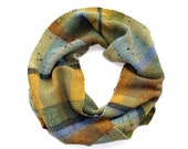 Woven Scarf in Pasture Plaid