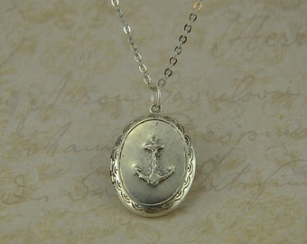 Silver Plated Sailor Locket Necklace, Vintage Nautical Anchor Photo Pendant, Long Chain, Simple Jewelry, Oval
