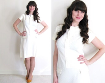 1960s Dress / 60s Shift Dress / Light Yellow Dress