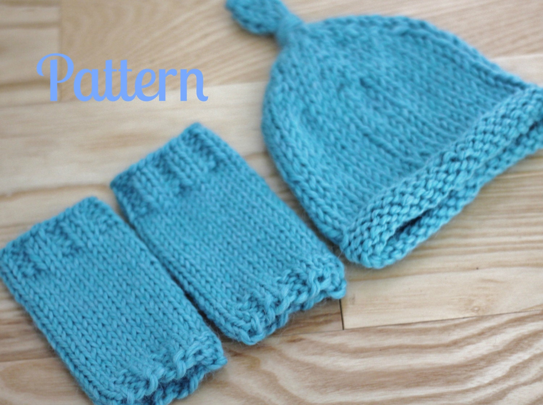 Leg Warmers Knitting Pattern Circular Needles : Knitting Pattern Newborn Baby Leg Warmers and Knot Top Hat