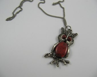 Vintage Owl Pendant Necklace Red Cabochon Jelly Belly Body and Eyes