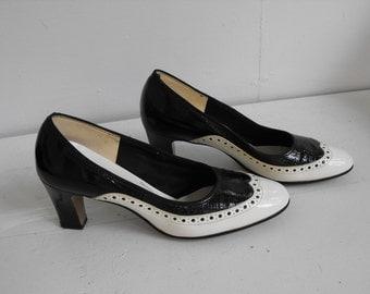 Vintage Spectator Shoes Black White Heels Gaymode JC Penney 6 B