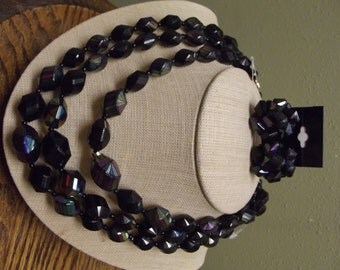 1950s/1960s Triple Stand Irredecent plastic beaded necklace set