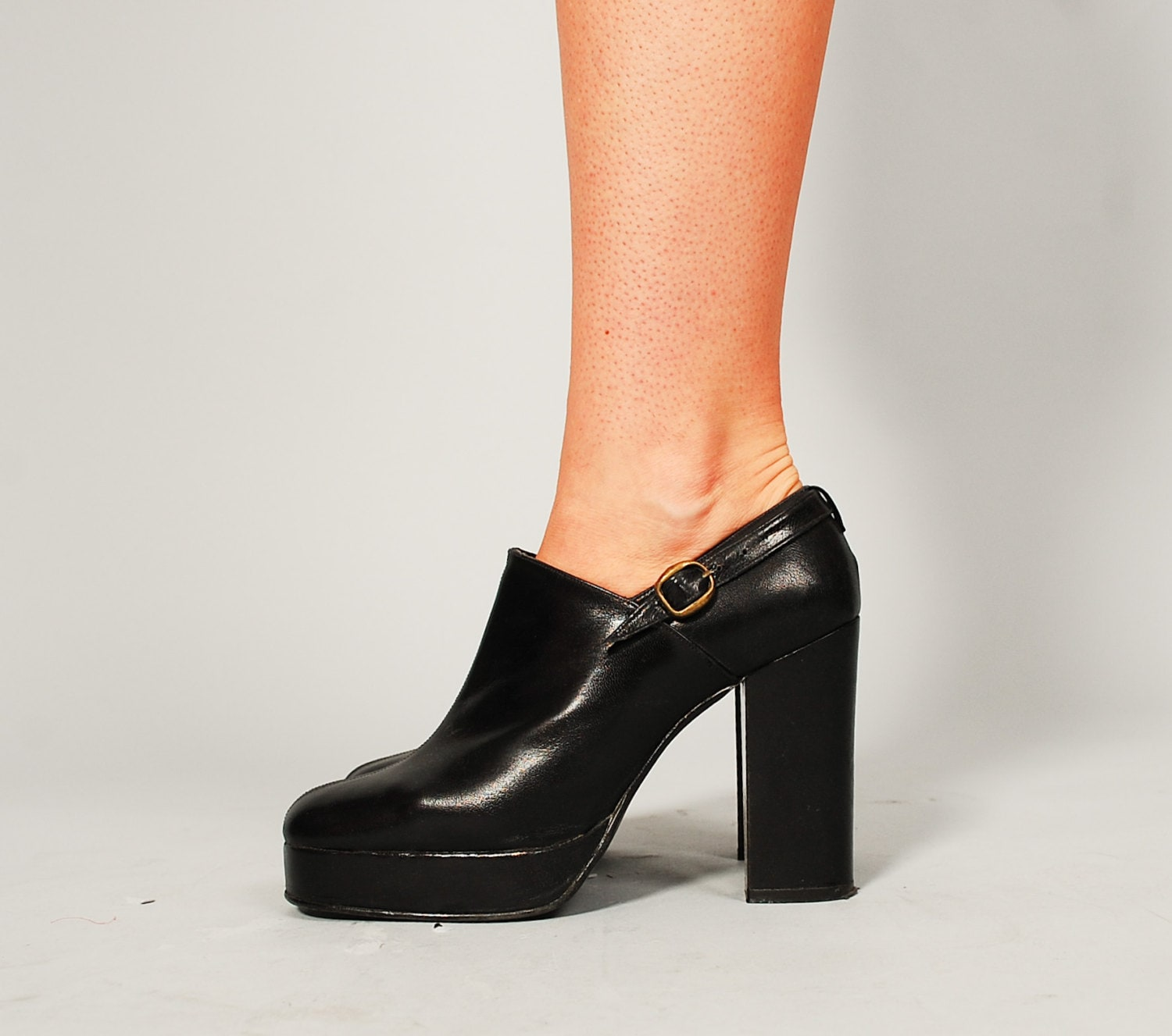 1970s platform shoes 70s leather shoes keep the tempo