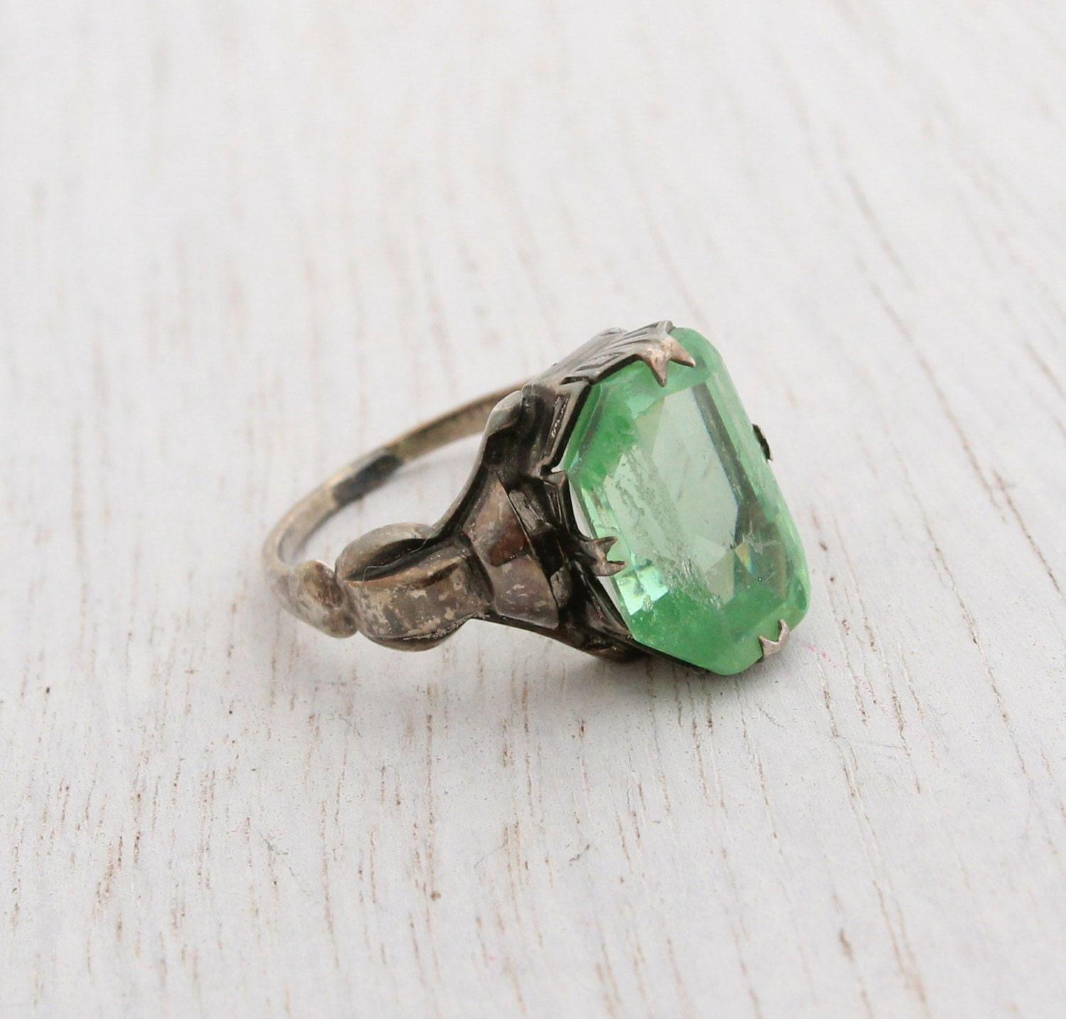 Antique Art Deco Sterling Silver Green Glass Ring Vintage