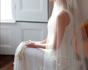 Juliet Cap Wedding Veil. Ivory tulle, with removable Rhinestone Hair Clips. Flapper,1920s Veil, 1930s Veil.Agnes Hart